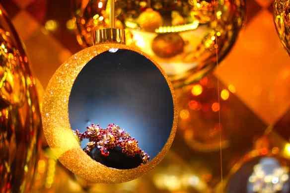 Ambiance de Noël dans les Grands Magasins de Paris 18