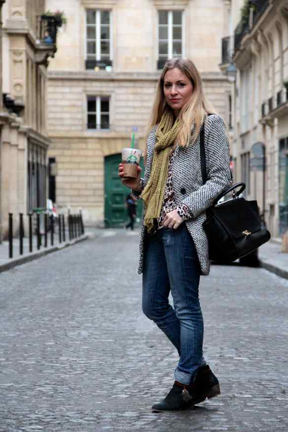 Casual style: Jeans Boots & Coat 7