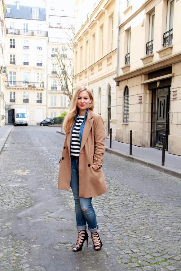 Un look décontracté tout en Jeans et Rayures pour finir la semaine 10