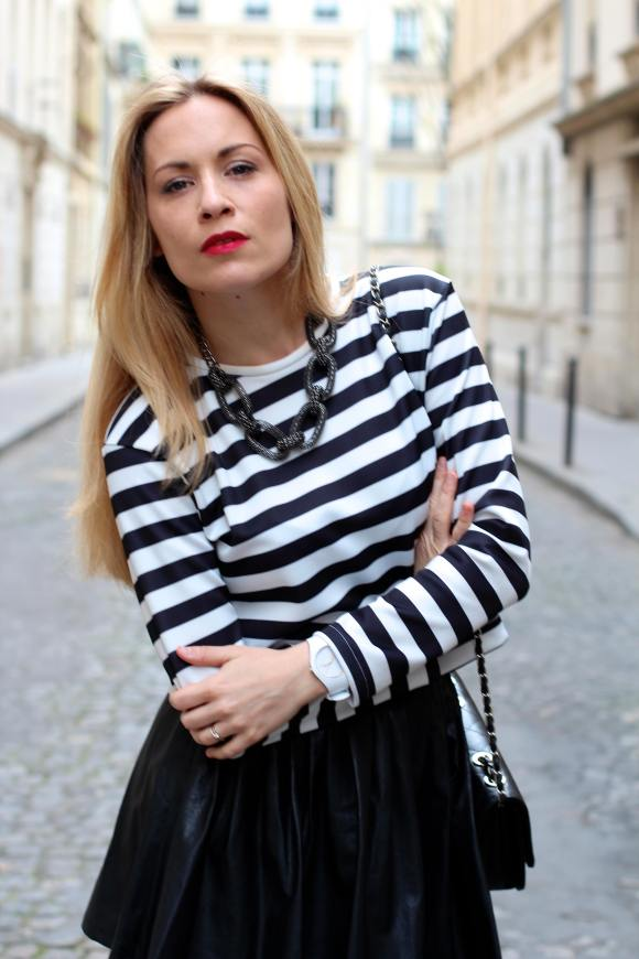 http://jennyontheblogmode.com/2014/04/28/skirt-stripes/