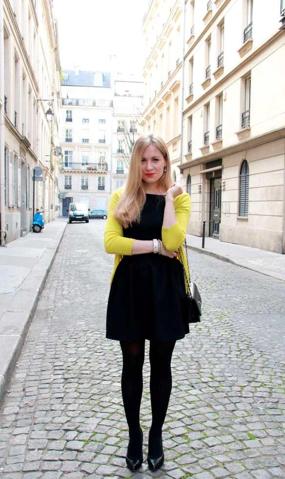 Une petite robe noire et une touche de citron 3