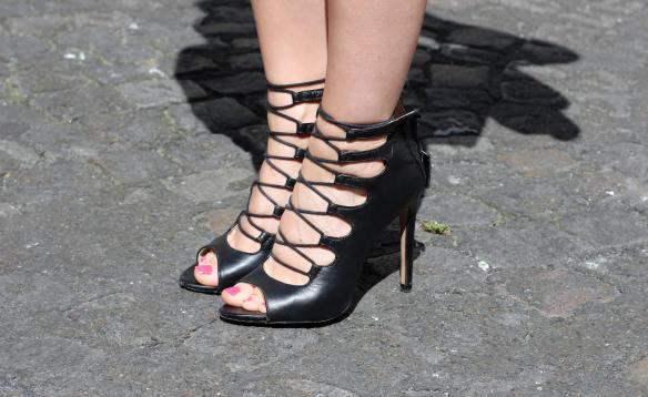 Une Jupe Raj(au)nissante - jennyontheblogmode blog mode fashion blog chaussures à lassés zara noires